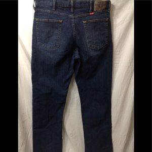 Men's size 34x30 WRANGLER Relaxed Fit jeans